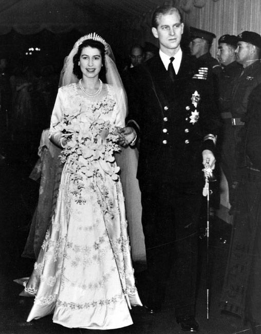 queen-marriage-10